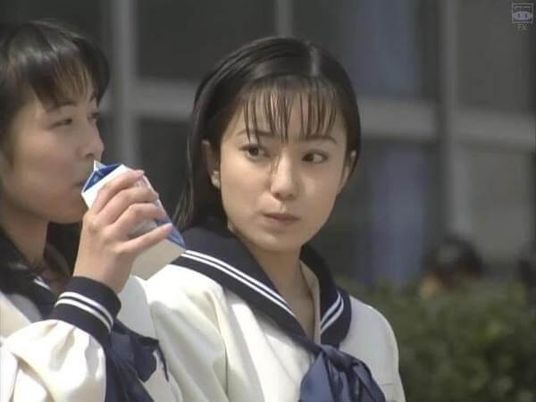 菅野美穂の顔画像①:18歳「イグアナの娘」&「ビクター」