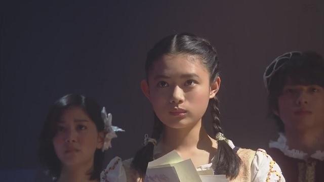 杉咲花『学校のカイダン』のワンシーン