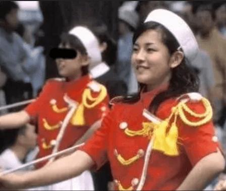 鈴木奈穂子アナのプロフィール学生時代