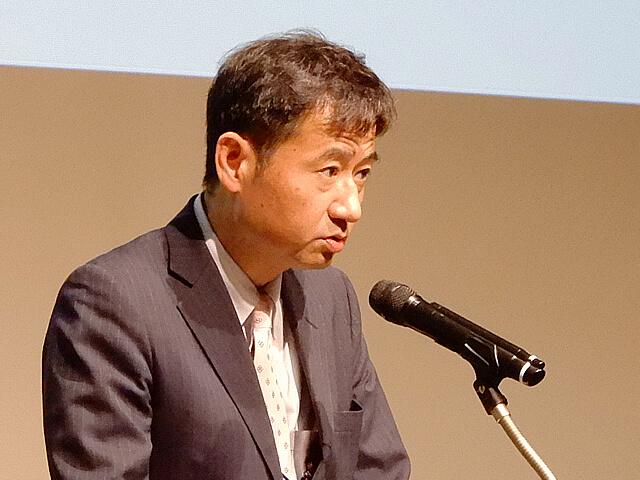 山田 真貴子 夫