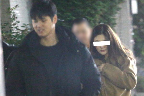 大谷翔平は水原一平の妻とスクープ写真を撮られていた!