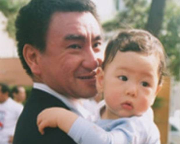 河野香と太郎の息子一平